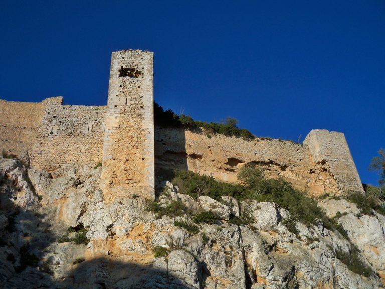 Rocky castles