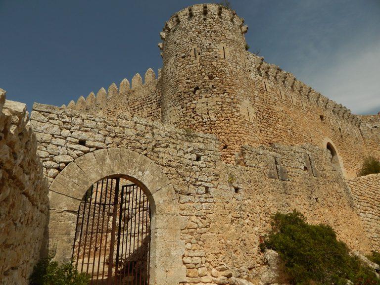 Rocky castles of Mallorca